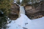 Copy of Munising Falls frozen 08 _3_.jpg