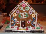 making_gingerbread_houses_at_the_Monettes06_017.jpg