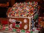 making_gingerbread_houses_at_the_Monettes06_020.jpg